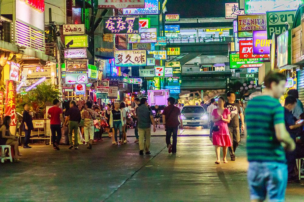 タイは引き続き渡航封鎖中